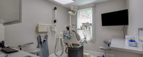 interior shot of a patient dentist room at a dental365 location in Croton on the Hudson