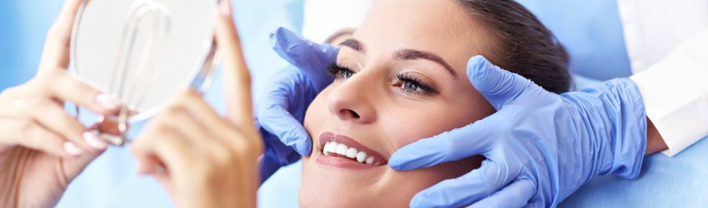 Adult,Woman,Having,A,Visit,At,The,Dentist's